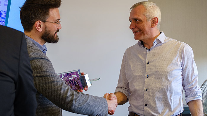 Dr. van Den Berghe & Stuart Shand AZ Sint-Jan Award for 100% Digital - Digital Pathology Blog